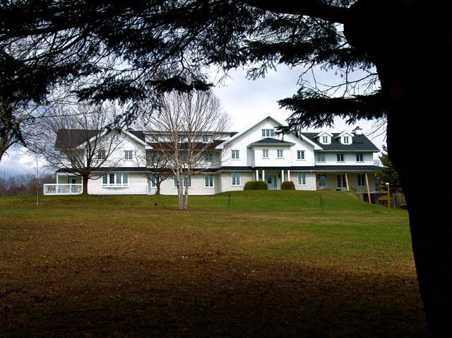 La maison du Renouveau automne